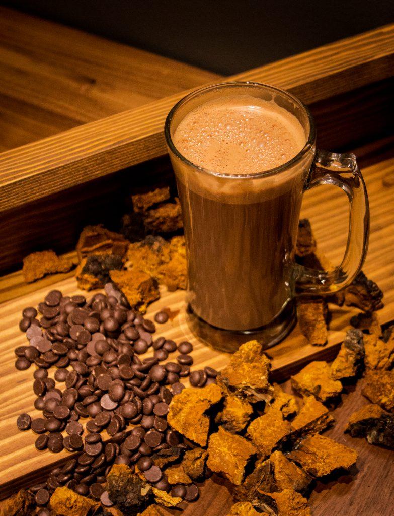https://gisement.ca/wp-content/uploads/2016/10/chocolat-chaud-chaga-783x1024.jpg
